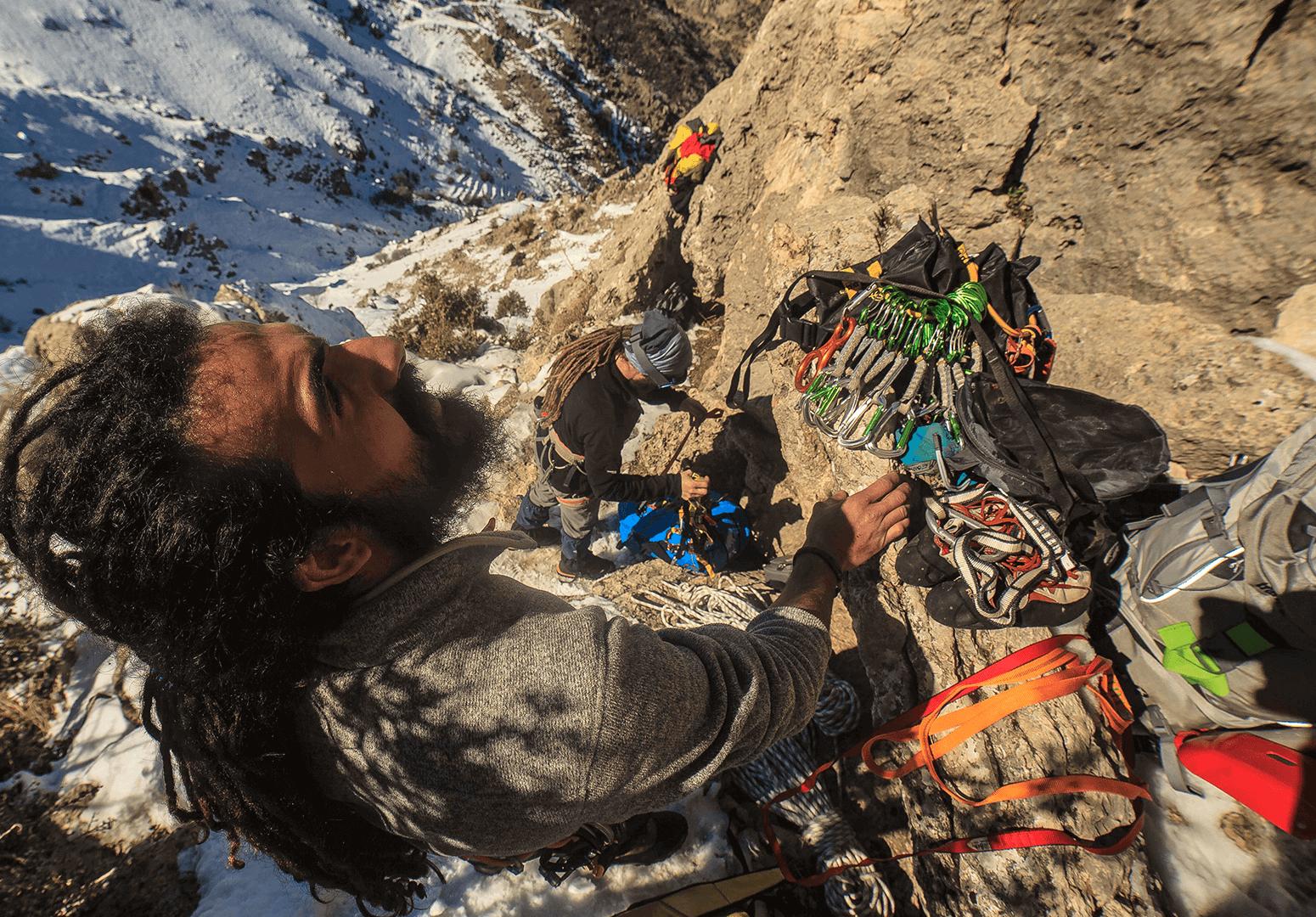 d211f-56735-climbing.png